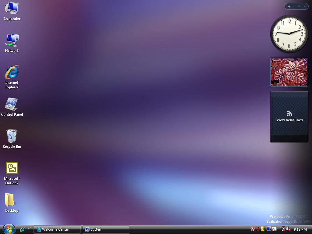 Windows Vista                                      4Windows Vista Default Desktop
